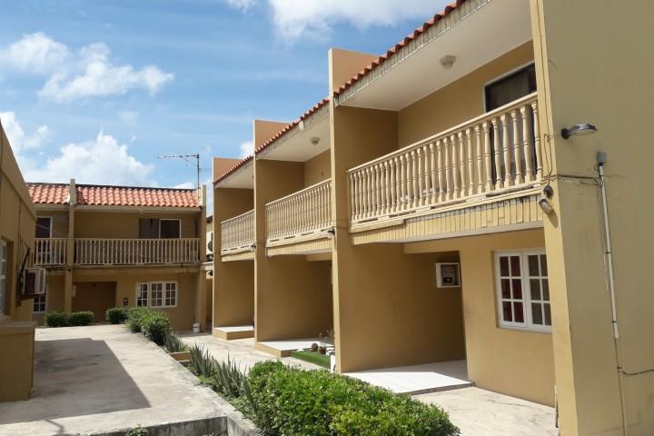 Sabana Blanco Apartment complex